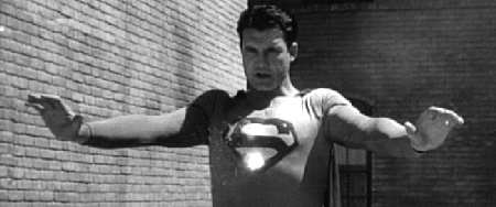 SUPERMAN AND THE MOLE MEN. 150 IMAGES OF THE FILM (SORRY, SPANISH TEXT)